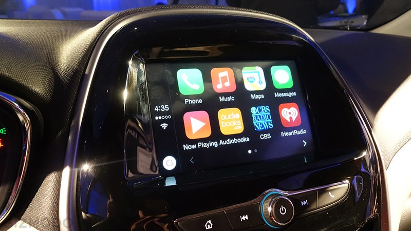 Chevy Is Bringing Apple CarPlay and Android Auto To the Masses