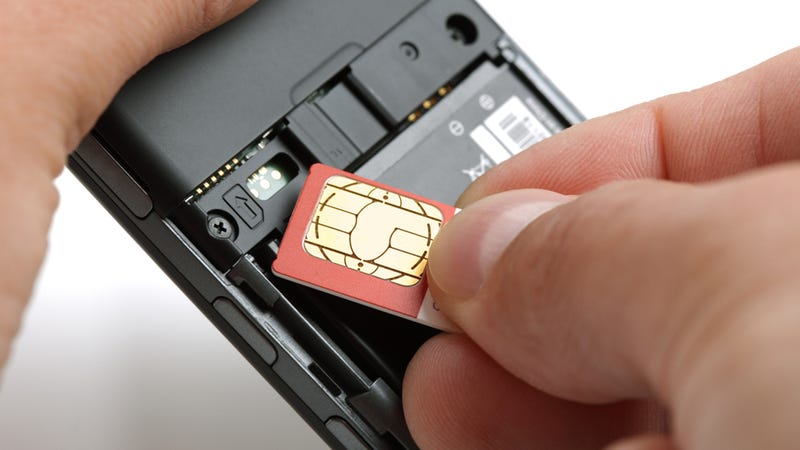 Illustration for article titled Millions Of Cell Phones Could Be Vulnerable To This SIM Card Hack