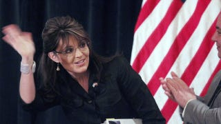 Illustration for article titled Sarah Palin Feeds The Press, Says She May Still Run For President