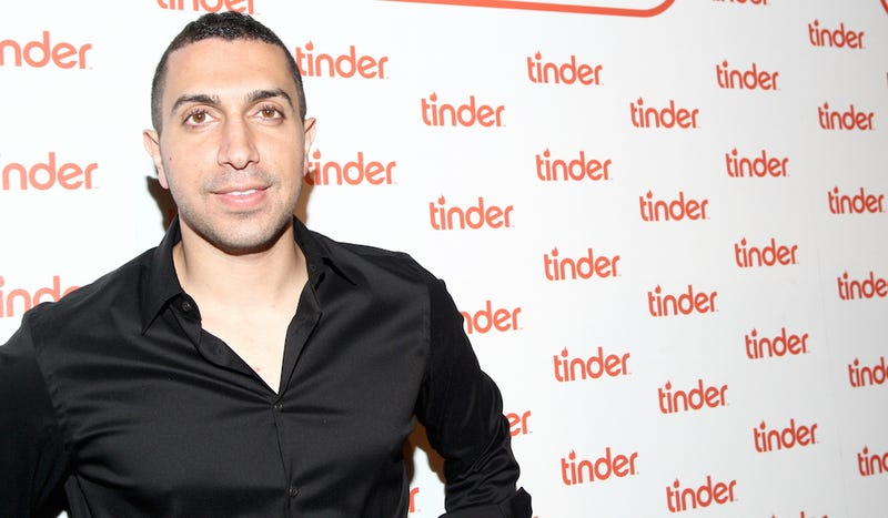 Illustration for article titled Tinder's CEO Is Pretty Dumb