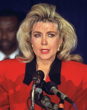 Illustration for article titled Gennifer Flowers, Former Clinton Concubine, Says She'll Vote For Hillary