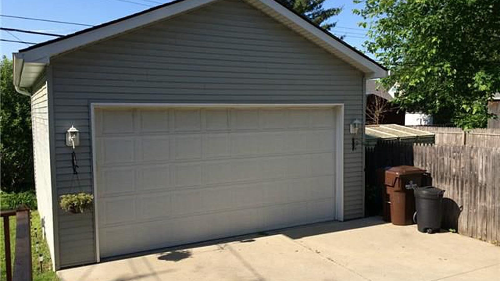 Garage for sale house included for 5 car garage house for sale