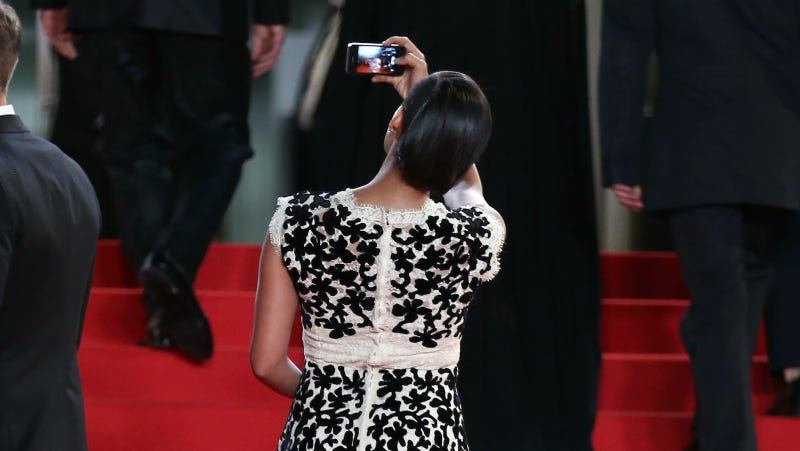 Illustration for article titled Cannes Will Not Let Us Live, Bans Selfies