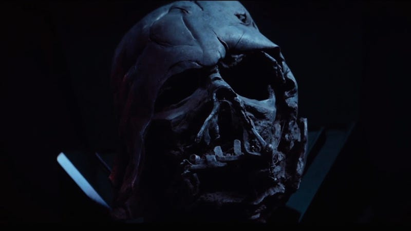 Illustration for article titled Stupid Kylo Ren Has the Wrong Darth Vader Helmet
