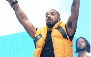 Drake at Coachella (@champagnepapi) via Instagram