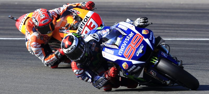 Illustration for article titled Lorenzo Wins 3rd MotoGP World Title As Rossi Rides From Last To 4th