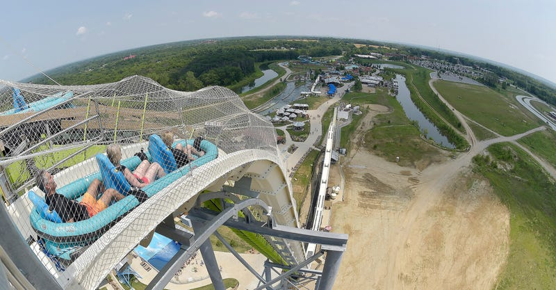 "Illustration for article titled Chilling legal documents reveal just how shitty the ""planning"" behind lethal ""world's tallest"" waterslide really was"