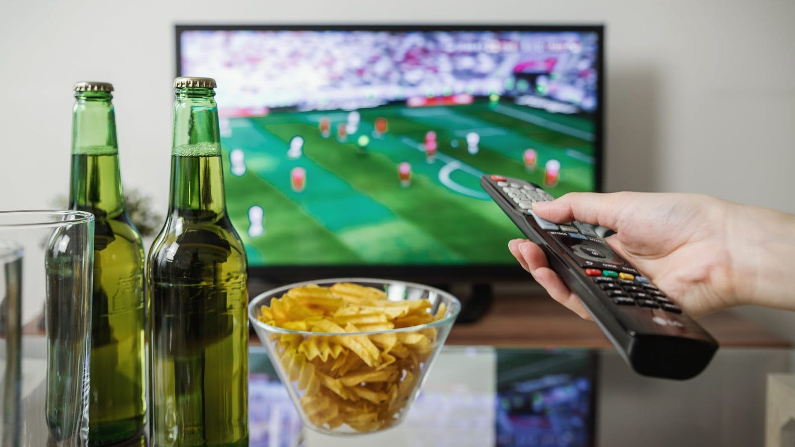QnA VBage Spice Up Your Super Bowl Party With Prop Bets