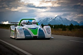Illustration for article titled Racing An Electric Car From Alaska To Argentina