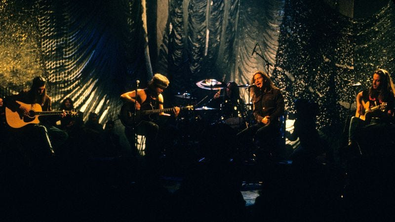 Pearl Jam on MTV Unplugged (Photo: Getty Images/WireImage, Kevin Mazur)