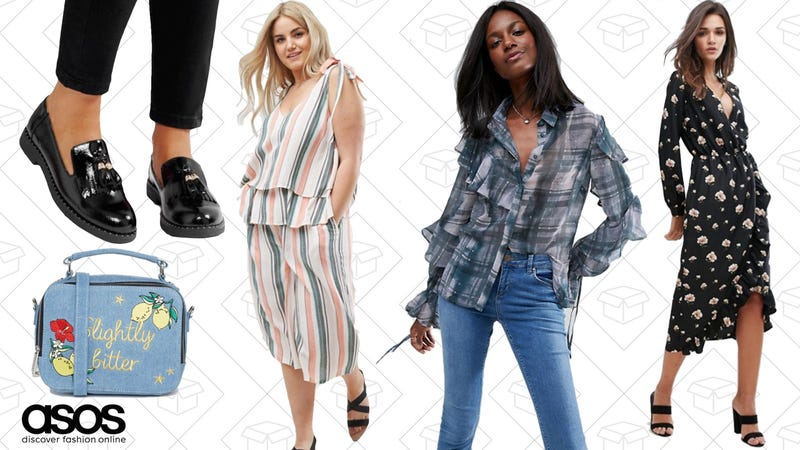 Extra 10% off the already discounted styles with code EXTRASALE
