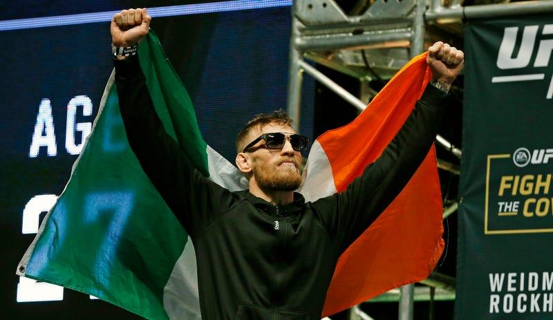 Illustration for article titled Drunk Conor McGregor Fans Fight On Vegas-Bound Plane, Force It Back To JFK