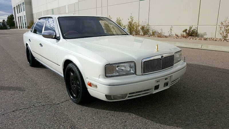 Illustration for article titled For $8,500, Would You Celebrate President's Day In This 1991 Nissan President?