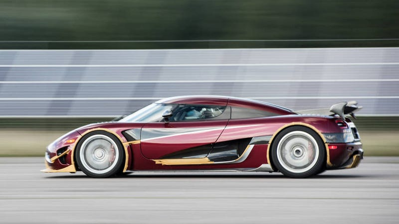 Koenigsegg sets new production auto  top speed record