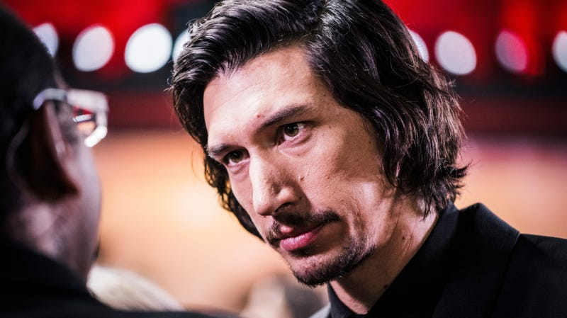 Illustration for article titled Guy who kinda looks like Adam Driver recreates Adam Driver photos, asks only for sandwich in return