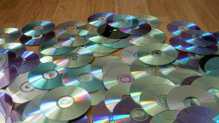 Illustration for article titled Do You Still Use CDs and DVDs?