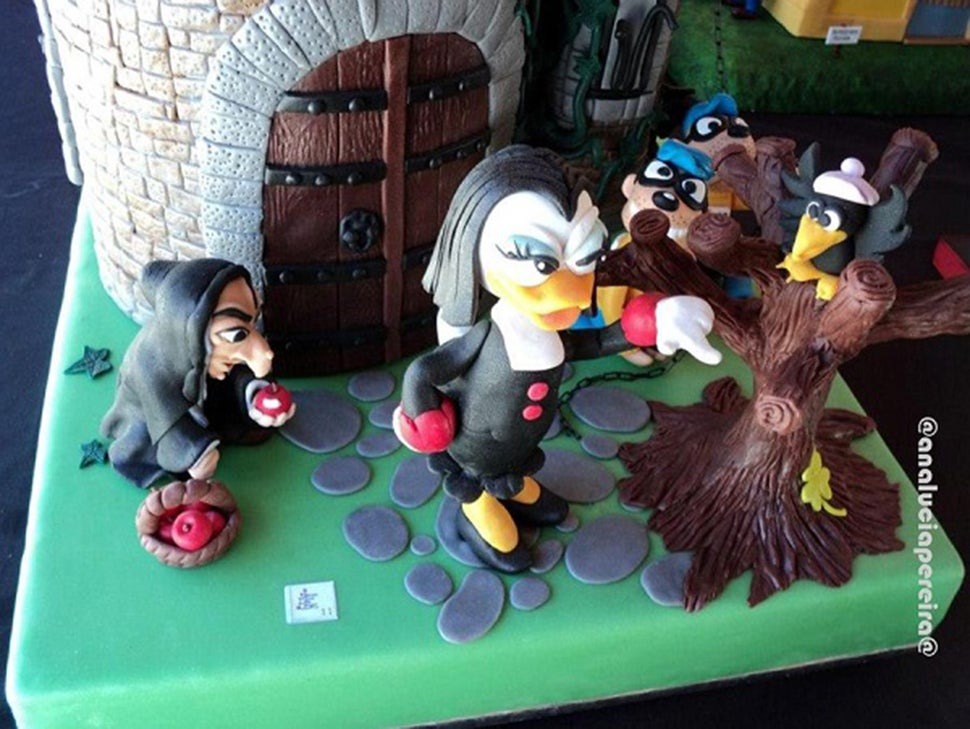 We All Need This Disney Villains Cake for Our Next Birthdays