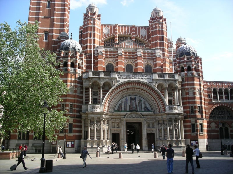 Illustration for article titled UK Far Right Political Party confuses Westminster Cathedral with a Mosque