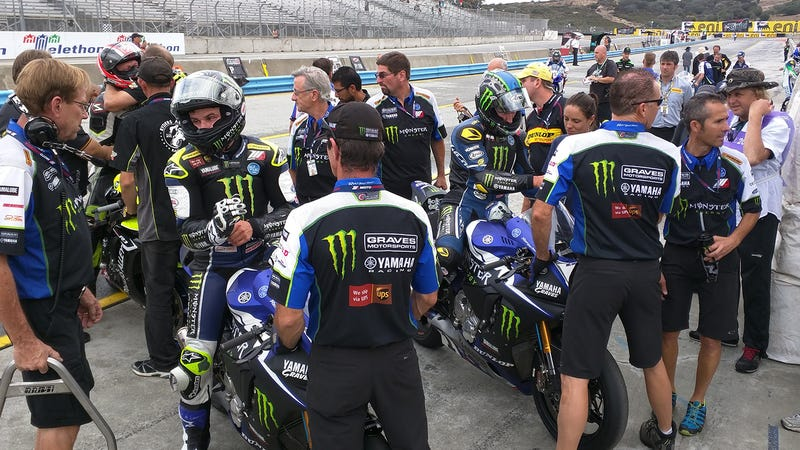 Illustration for article titled In The Chaos Of Racing, Yamaha's MotoAmerica Crew Brings Calm Perfection
