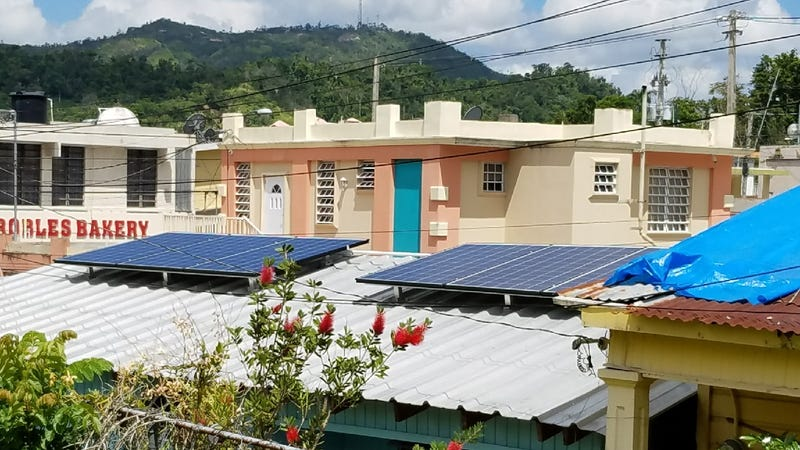 The Puerto Rican Families Who've Gone Off the Grid