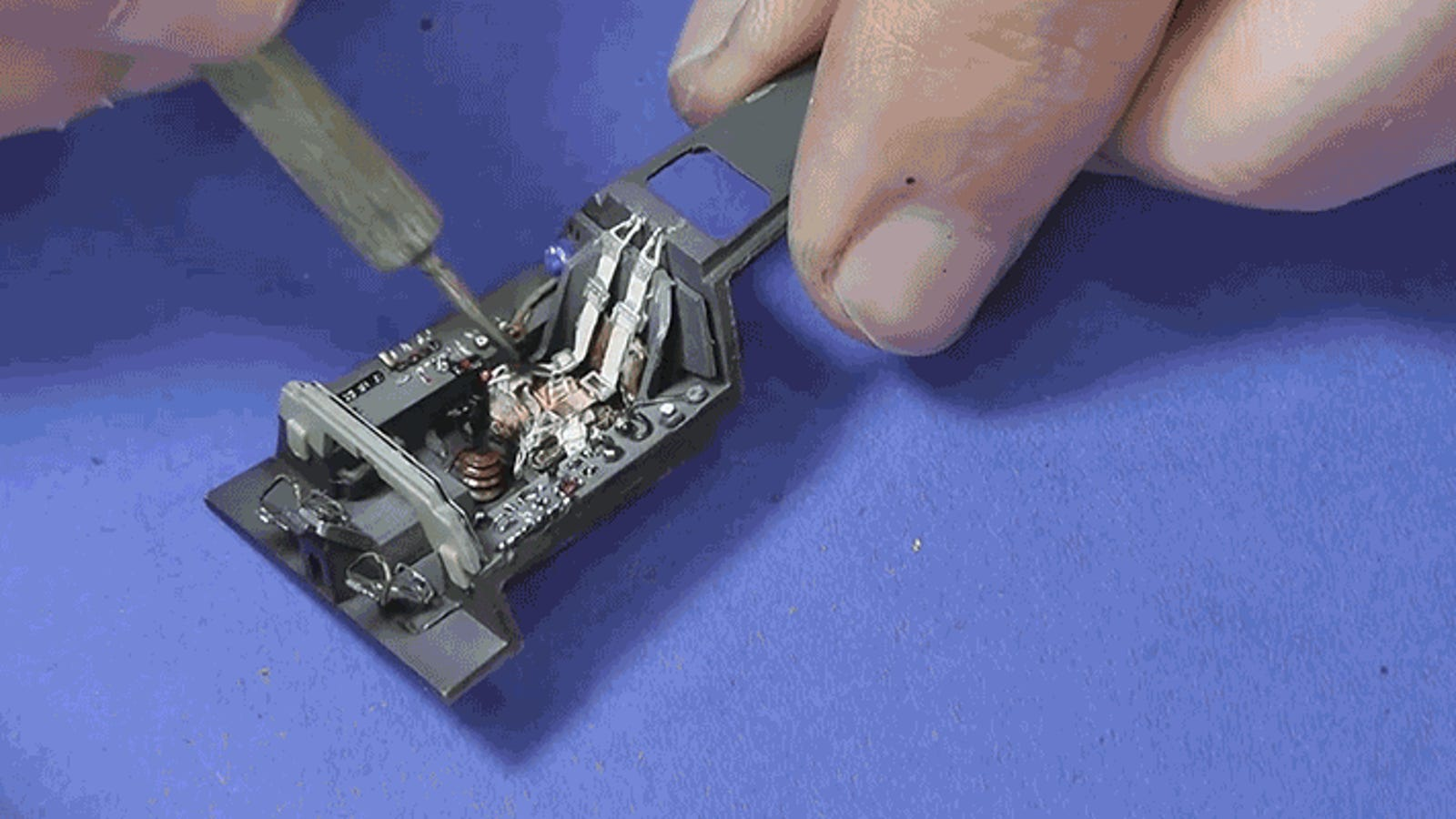 Watch the World's Most Patient Model Maker Build Flawless Airplane Replicas