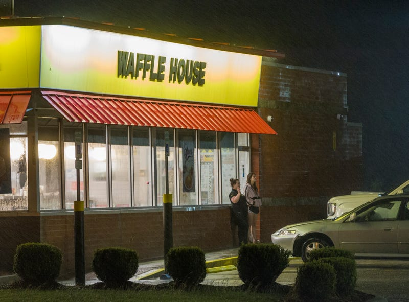 Illustration for article titled Police Use Video, Witness Testimony in Bid to Justify Use of Force During Controversial Arrest of Black Woman in Alabama Waffle House