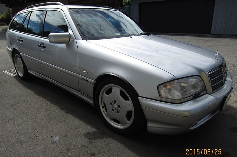 Illustration for article titled For CA$14,900, This 1999 Mercedes Benz C43 Estate Might Be Another Reason To Move To Canada