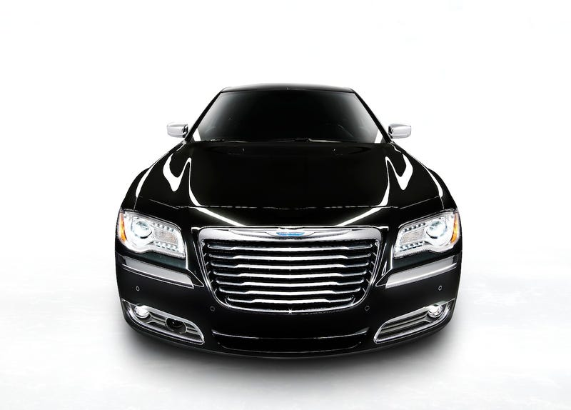 Illustration for article titled Chrysler 300 Hybrid Coming In 2013