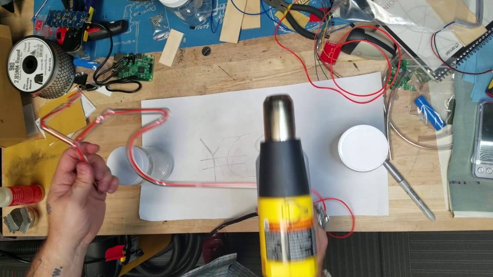 Make Your Own Diy Neon Sign With El Wire And Plastic Tubes Wiring A Light