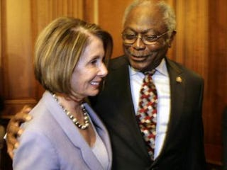 Outgoing House Speaker Nancy Pelosi with Rep. James Clyburn(Yuri Gripas/AFP/Getty Images)