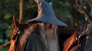 Illustration for article titled Magyarországon anyakönyvezhető név a Gandalf és a Frodó