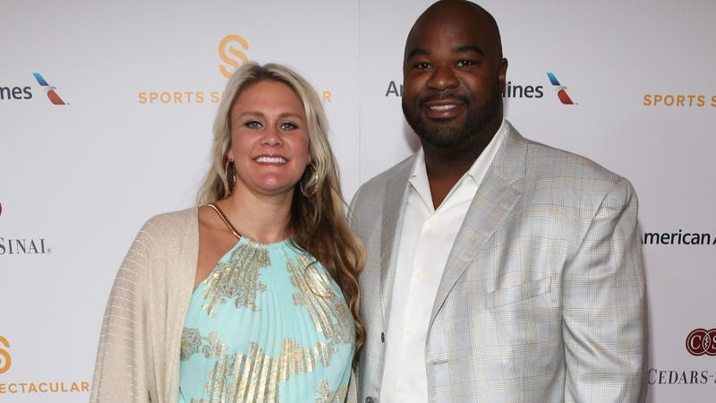 Former NFL DT Haynesworth alleges ex-girlfriend abused him