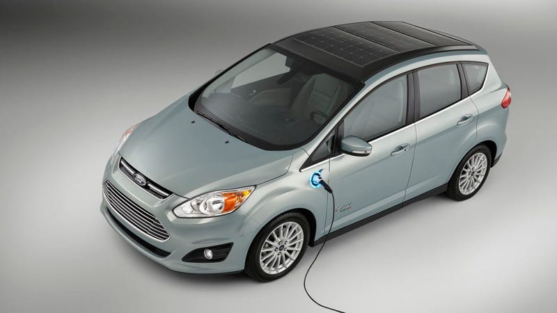 Illustration for article titled Ford's New Solar-Powered Electric Car Is Its Own Rolling Power Grid