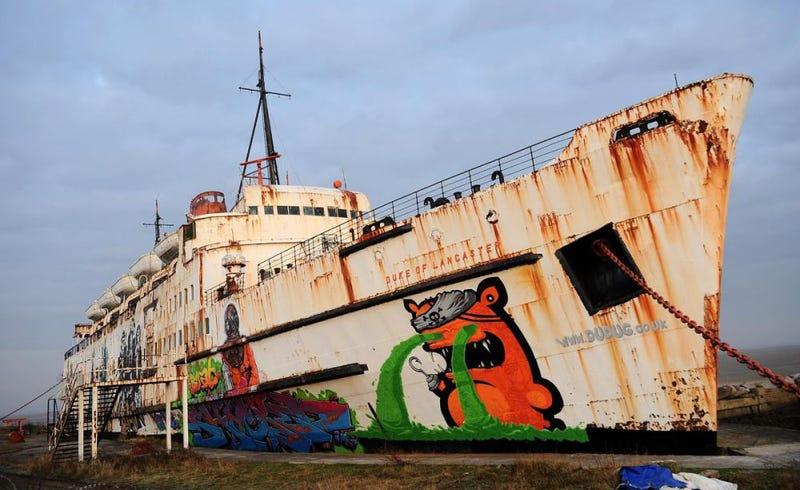 Rescatan 50 máquinas recreativas muy raras del interior de un barco abandonado