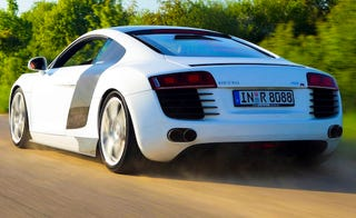 Illustration for article titled MTM Supercharges Audi R8, Takes Power Up To 560 HP