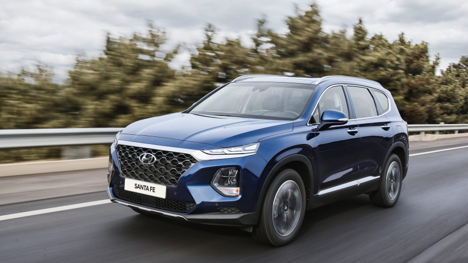 The 2019 Hyundai Santa Fe Will Be An Upscale Family Hauler With Diesel Power