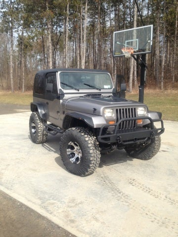 My Roommate Bought This One Of A Kind YJ Wrangler Last Year, Not Expecting  To Go To College. Now, He Unfortunately Has To Sell It To Come Up With  Tuition ...
