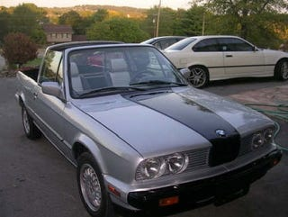 Illustration for article titled For $7,500, This E30 is One Strange Bedfellow