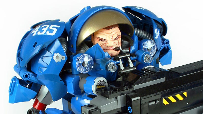 Illustration for article titled LEGO StarCraft Marine Is Jacked Up And Good To Go
