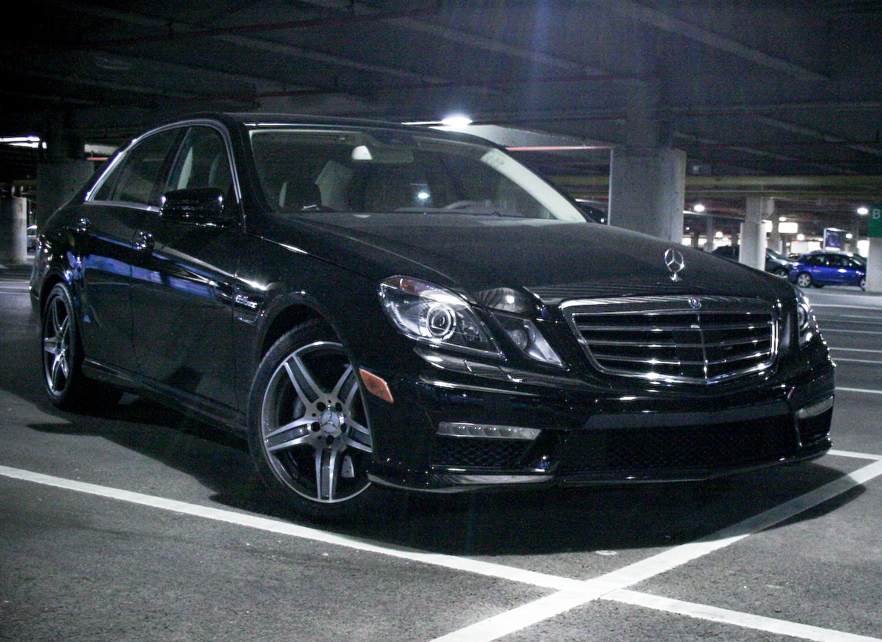 2010 mercedes e63 amg first drive. Black Bedroom Furniture Sets. Home Design Ideas