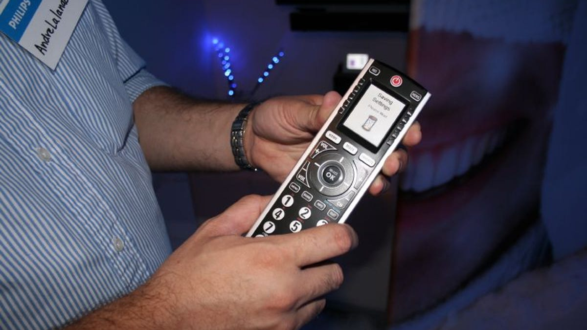 Philips SRU8010 Universal Remote Control Kicks Ass