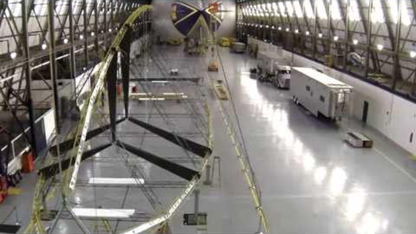 Así se construye un dirigible moderno