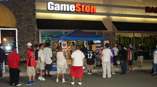 Illustration for article titled Madden 09 Launch - GameStop Goes The Extra Yard