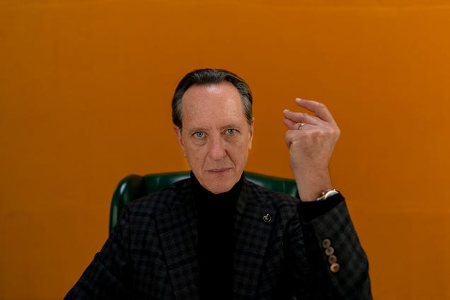 Richard E. Grant clears up nothing in the opening minutes of Dispatches From Elsewhere