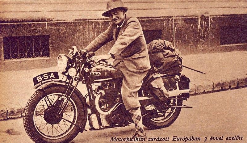 Illustration for article titled Szerintetek ki a magyar Indiana Jones?