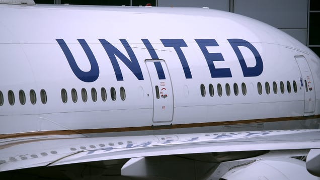 United Airlines Is Expanding Its Creepy Biometric Screening Technology to More Airport Hubs