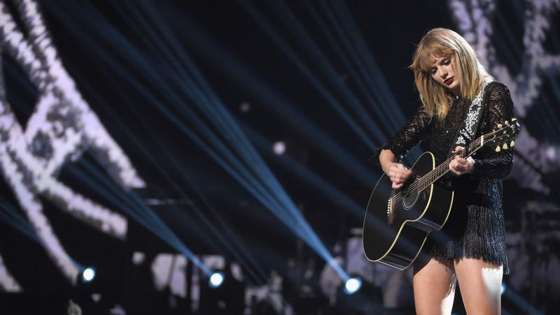Taylor Swift Makes 'Extremely Generous' Donation to Sexual Assault Organization