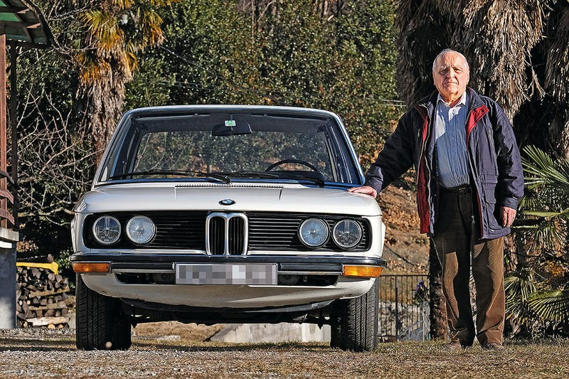 Illustration for article titled German man has been suing BMW over delivery of a faulty car for 44 years