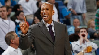Illustration for article titled Hornets Coach Monty Williams Hates The Sound Of His Own Complaining About Concussions