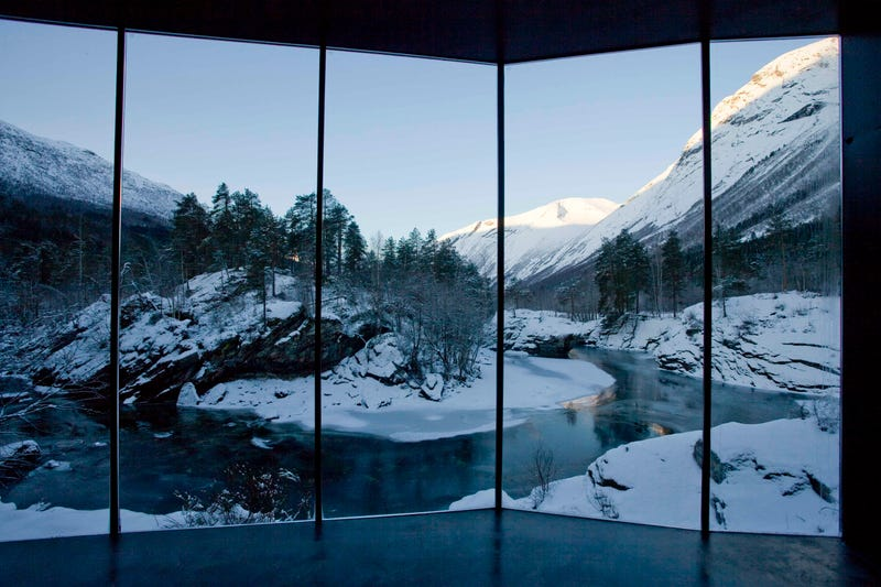 Illustration for article titled I want to live in one of these spectacular cabins in a Norwegian fjord